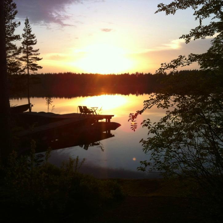 Suomiretki auringon lasku via Instagra, I @SatuVW I Destination Unknown