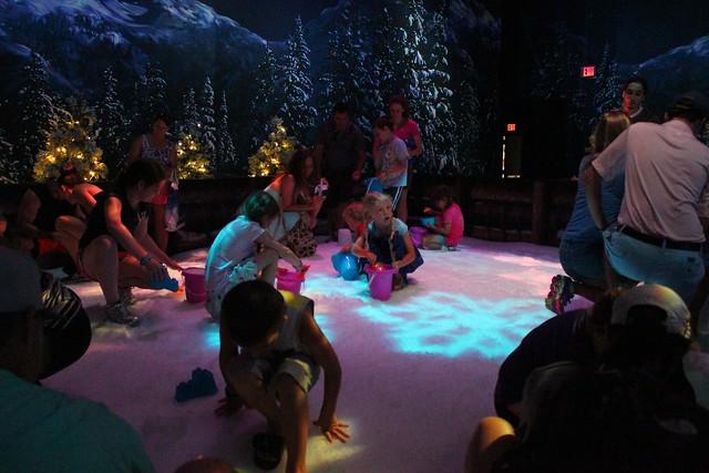 Frozen Summer Fun LIVE! at Disney's Hollywood Studios
