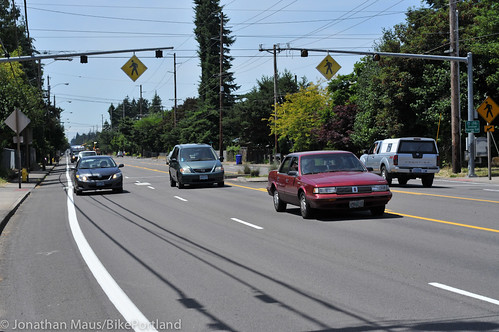 NE Glisan bike lanes in east Portland