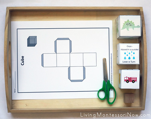 Building Paper Cubes Tray