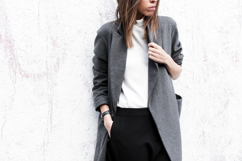 modern legacy fashion blog street style ASOS sale Oversized Grey Masculine coat Common Projects leather pool slide sandals Camilla and Marc Assent high neck top ankle zip Domain pants classic (9 of 11)