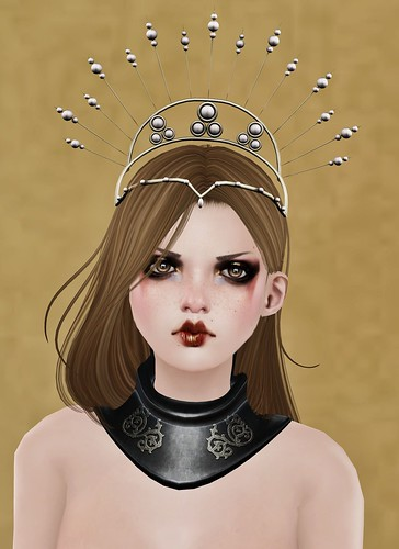 Senzafine's collar & Luminary's crown
