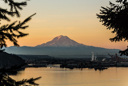 morning mountain water port sunrise canon washington day mt unitedstates clear mount rainier tacoma brownspoint portoftacoma t5i
