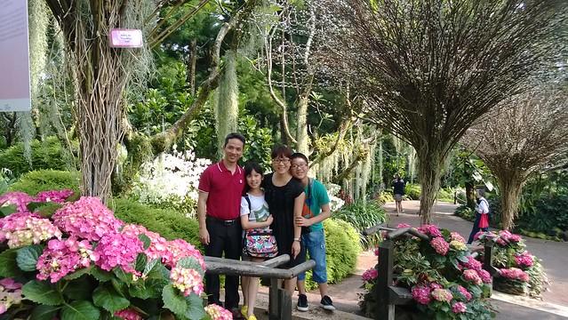 Ảnh gia đình anh Nguyễn Sĩ Thư
