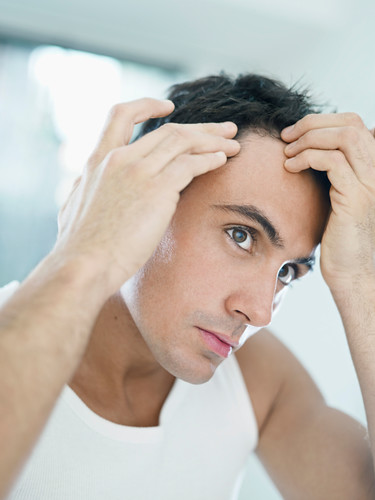 Dr. Joel Schlessinger discusses how to treat and prevent hair loss