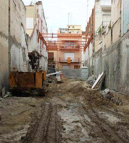14g02 Arenys Cataluña construcción Uti