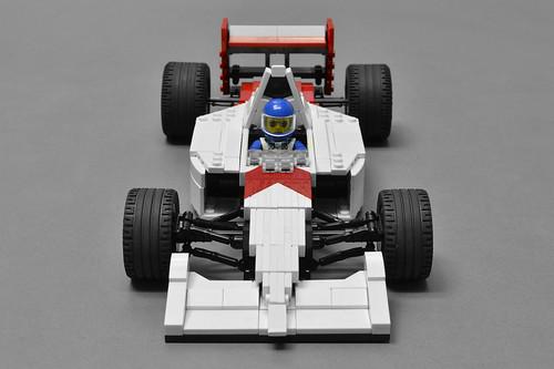 McLaren MP4/6 (3)