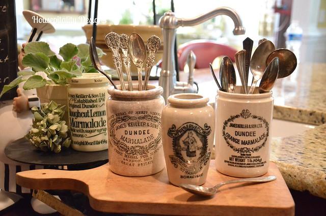 Dundee Marmalade Jars/Breadboard/Vintage Scale
