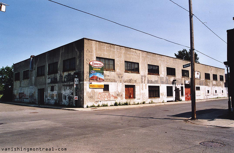 Old plant building on Le Ber and Ste Madeleine (2008)
