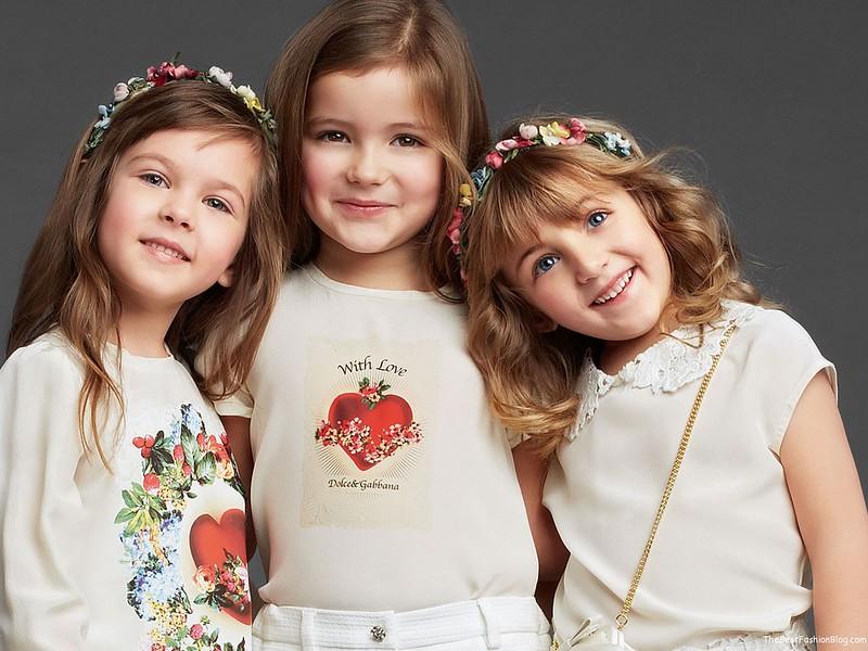 Girls-Wear-in-Dolce-Gabbana-Fall-Winter-2013-2014-Lookbook-1