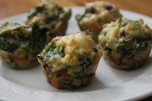 2014.09_spinach cheddar mini muffins