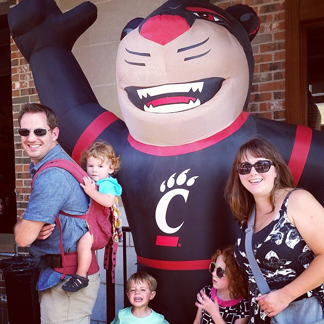 Homecoming for our 10 year reunion. #uc #cincinnati #daap #bearcats #stevensonpartyoffive
