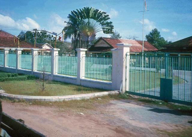 SAIGON 1965 - Tổng Y Viện CỘNG HÒA - by Earle Hayford