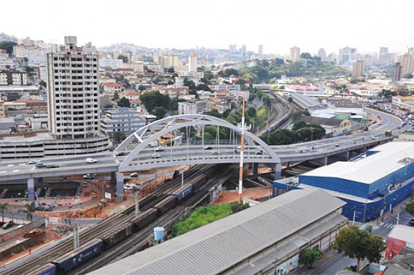 Os projetos retirados versam sobre entrega ou venda de áreas, concessão de benefícios fiscais e outras facilidades para grandes empresário - Créditos: Divulgação / Portal PBH