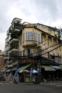 Cholon street corner