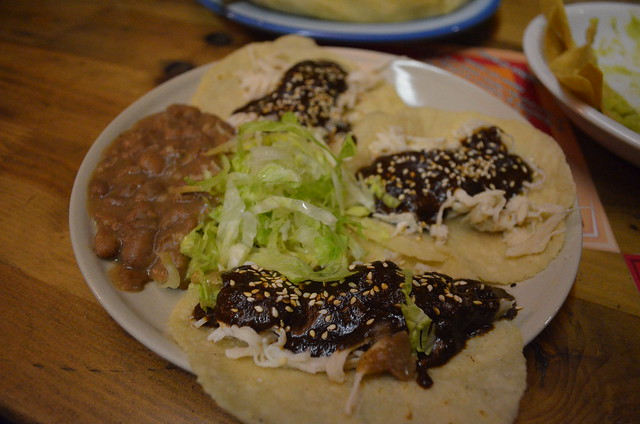 Best Mexican Food in Berlin_Ta'Cabron Taqueria_chicken mole tacos