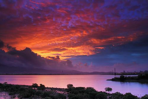 cloud color nature beautiful sunrise landscape 日出 火燒雲 五股溼地