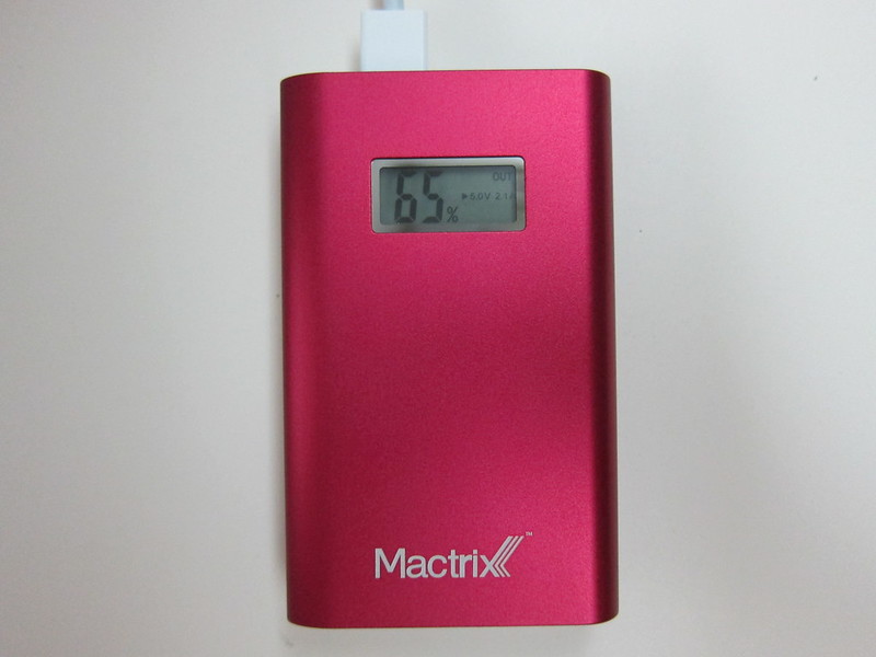 Mactrix Dual 9000 Portable Battery - LCD Indicator - Charging