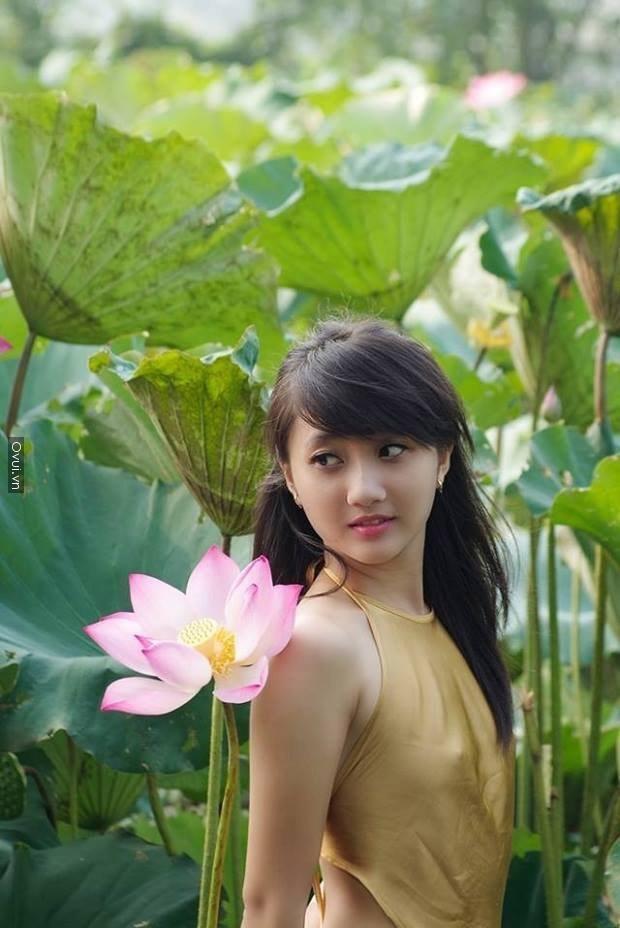 http://xinh16.blogspot.com/2014/06/nhung-ngoi-sao-vo-tu-lo-nhu-hoa-tren.html