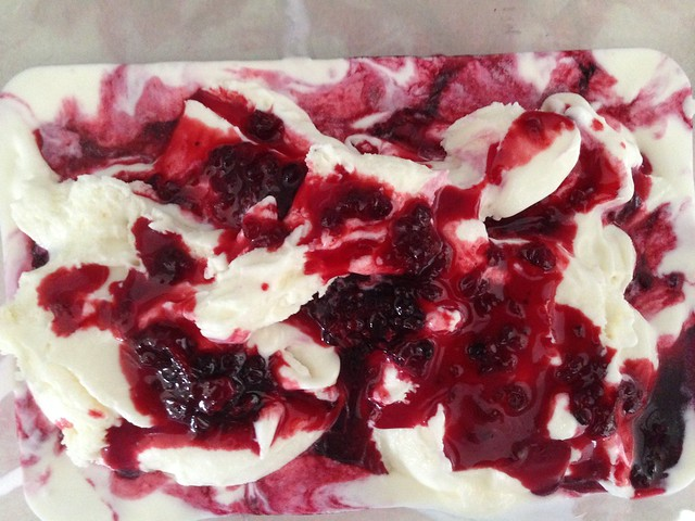 berries and cream