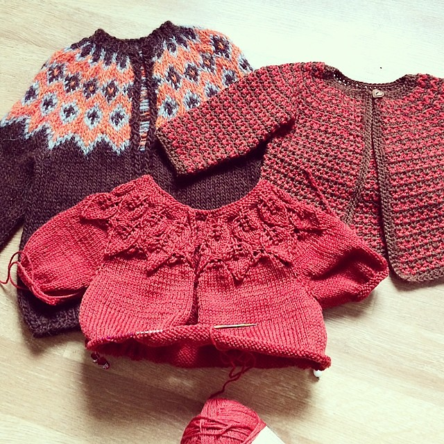 Orange and brown seem to be my theme colours these days #knitting