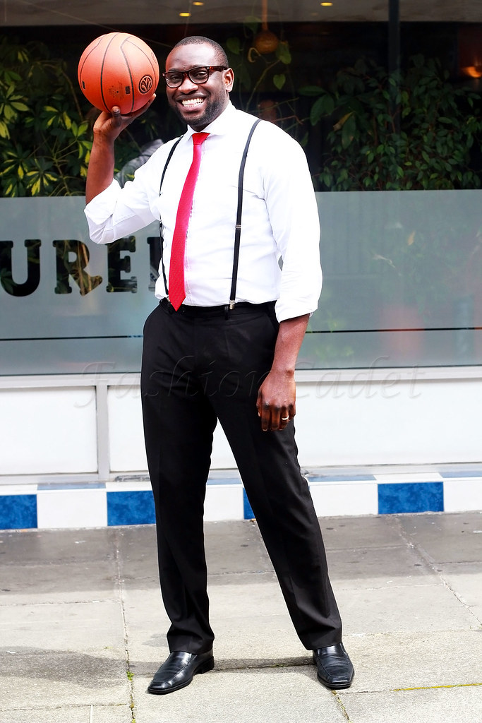geeky-glasses-suspenders-basketball-&-white-shirt, white shirt, how to style a white shirt, men's accessories, accessories for men, black shoes, men's black shoes, what shoes to wear with smart trousers, smart casual trousers