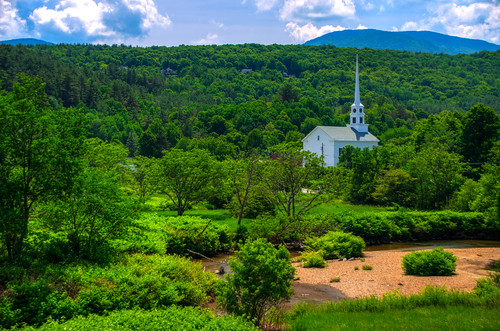 church landscape vermont stowe vt stowevermont