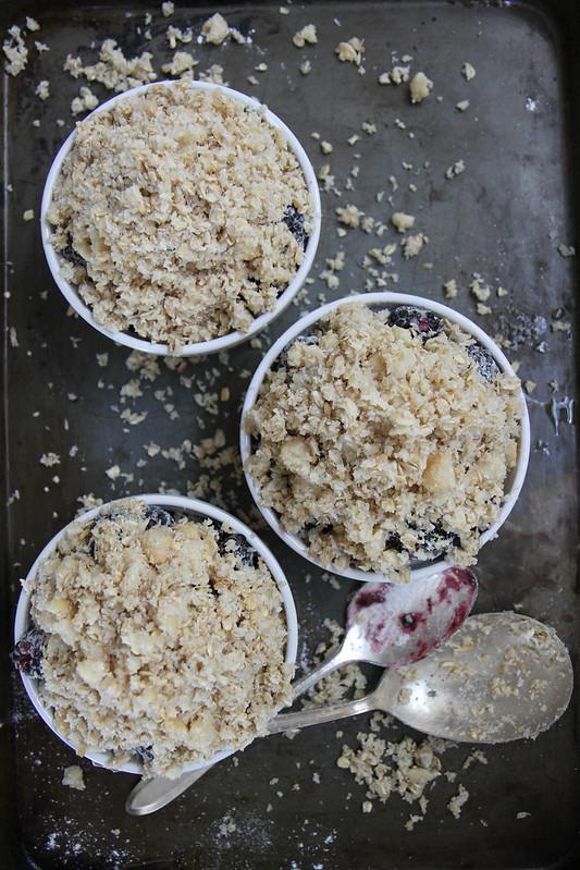 Blackberry Coconut Macadamia Crumble