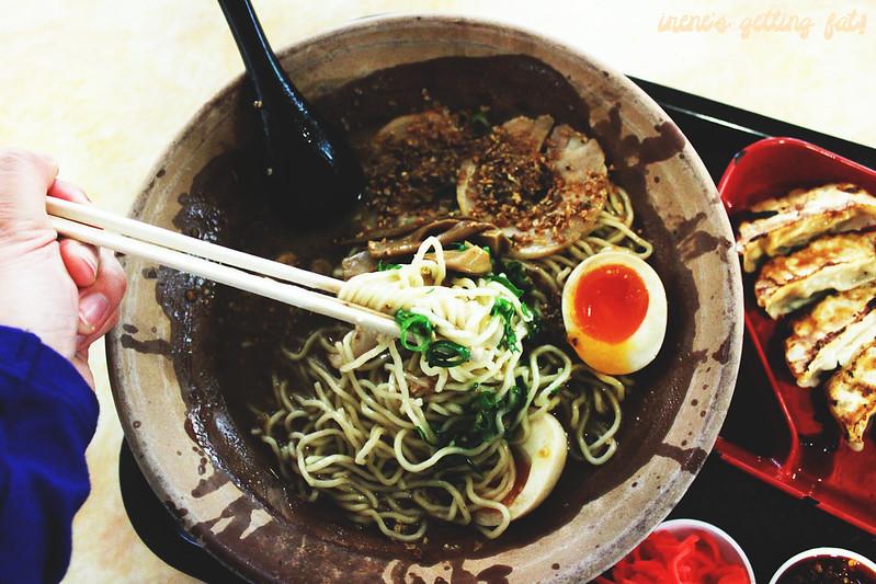 gumshara-garlic-tonkotsu-ramen4