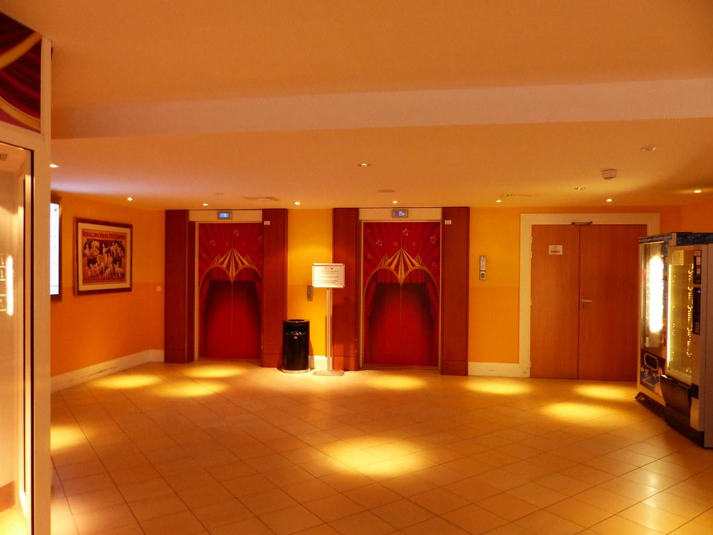 (Partenaire)HOTEL MAGIC CIRCUS - Page 3 14654585206_1f0f627eeb_b