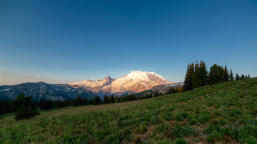 landscape sunrise mtrainier mountain nature wideangle canon scenic scenery outdoors canoneos5dmarkiii samyang14mmf28ifedmcaspherical johnwestrock