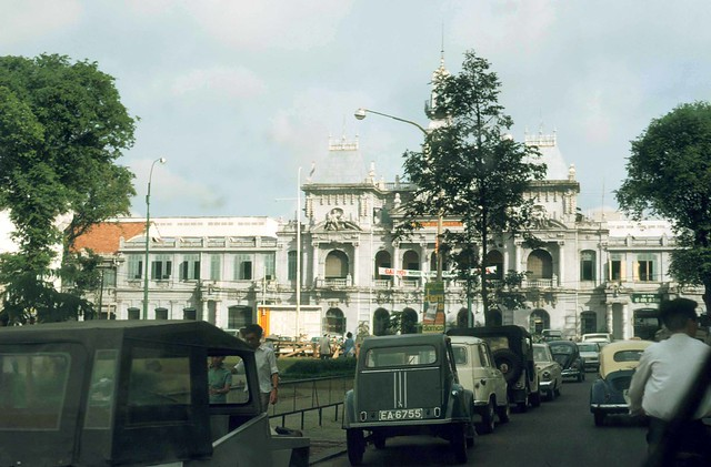 SAIGON 1971 - City Hall