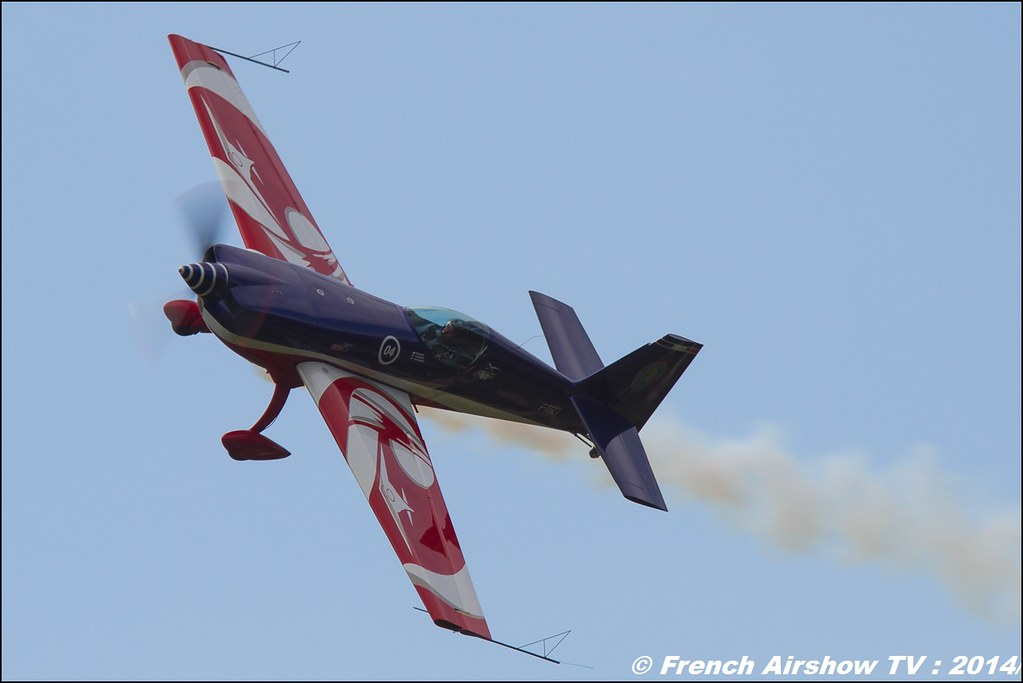 Extra 330SC, equipe de voltige armée de l'air , meribel air show 2014, Meeting Aerien 2014