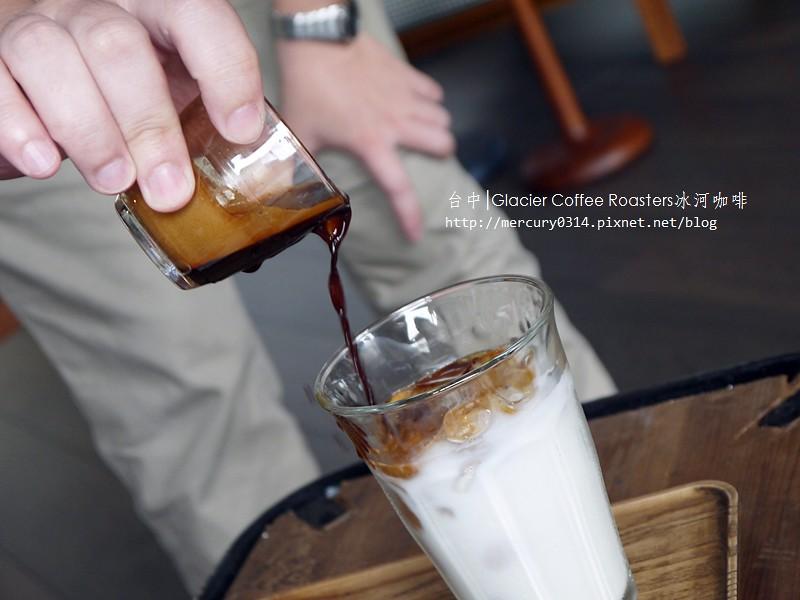 14820846927 edde319942 b - 熱血採訪。台中西屯【冰河咖啡Glacier Coffee Roasters】喝得到第三波北歐咖啡浪潮的咖啡館,手沖咖啡義式咖啡甜點都好棒