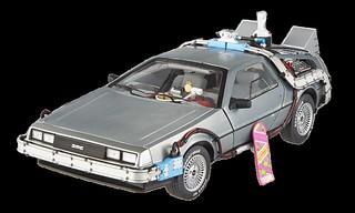 Mattel Hot Wheels Elite - 《回到未來2》時光車 with Mr. Fusion.