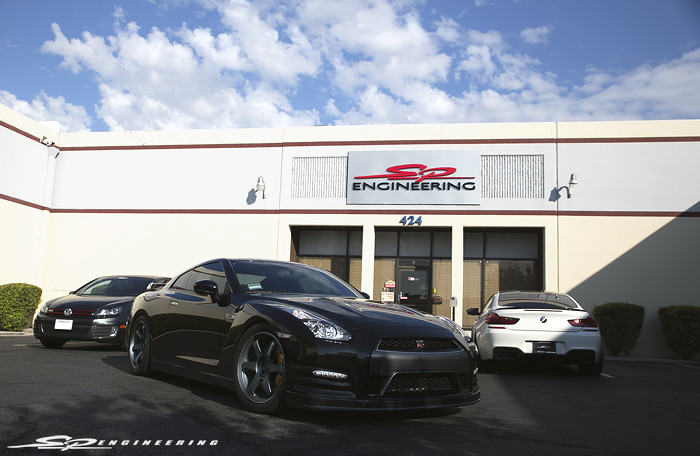 From Street to Track – Customer Rides