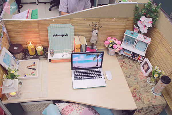 work spaces summer themes and cubicles on pinterest chic office decor