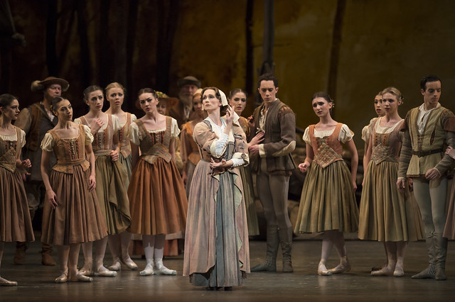 Deidre Chapman and members of the corps de ballet in Giselle, The Royal Ballet © ROH/Bill Cooper, 2014