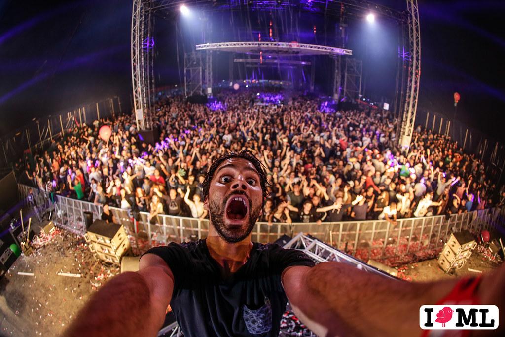 DIY DJ Selfie by R3hab