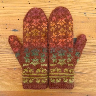 Falling Leaves Mittens