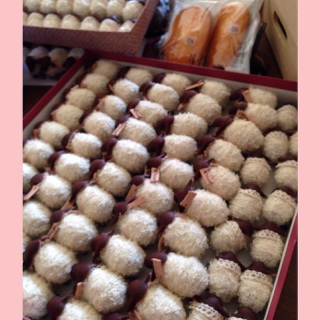 お菓子の詰め合わせセットならぬ羊の詰め合わせセット(^_−)−☆ジェイアール名古屋たかしまや東急ハンズの6FのDreamさんで見つけてね〜いってらっしゃ〜い!