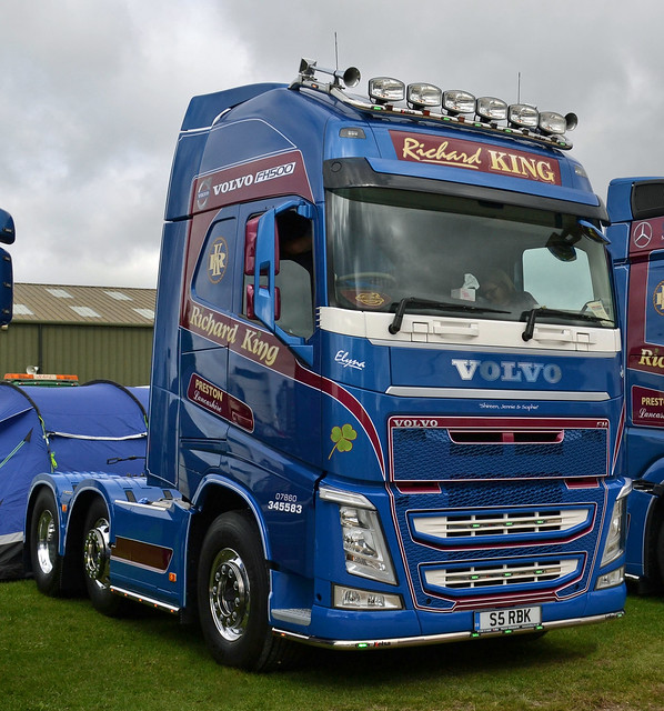 Richard King - Volvo FH13 Globetrotter XL 500