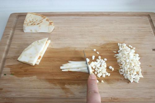 20 - Knollensellerie schneiden / Dice celeriac