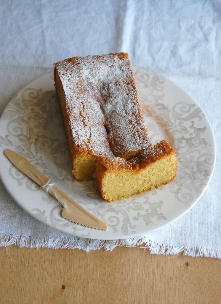 Lemon and polenta cake (gluten free) / Bolo de milho e limão siciliano (sem glúten)