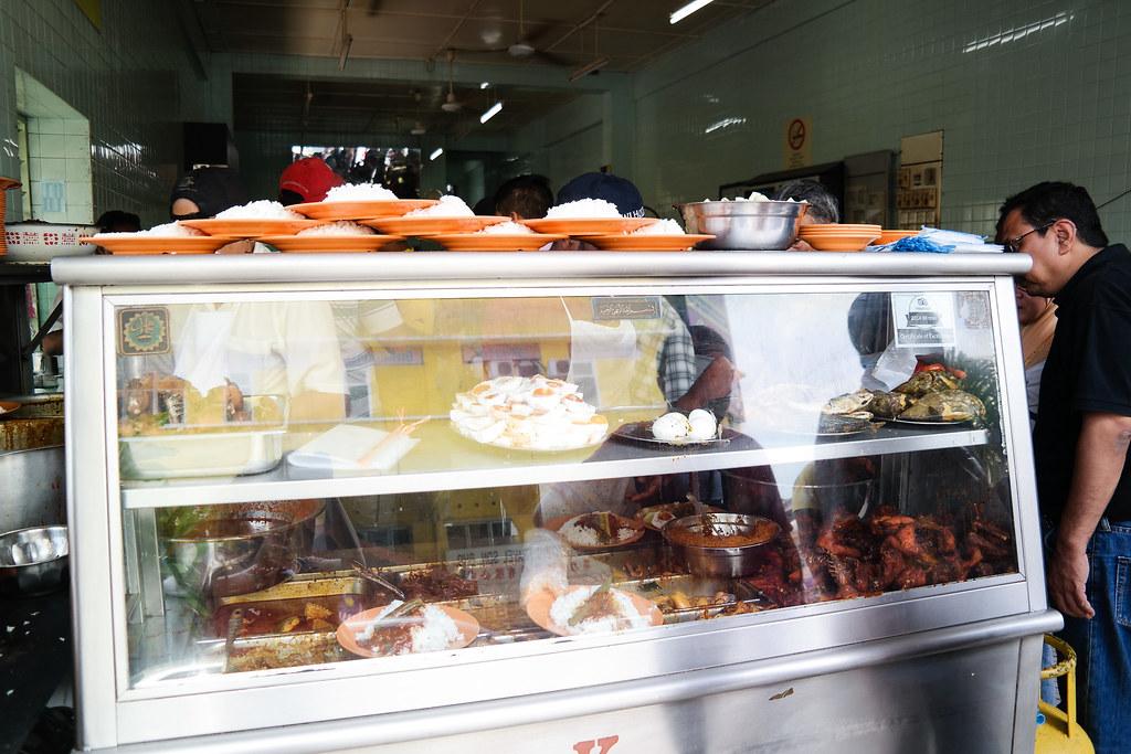 Ipoh Food Guide: Nasi Kandar Ayam Merah's Stall