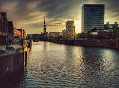 Canal and St. Michael in the sunset, Hamburg
