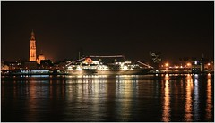Cruise Ship MS Hanseatic ... Hapag Lloyd Cruises.   Explored 29 sept.2014.