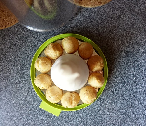 Making of Croquembouche: Ensure Fit