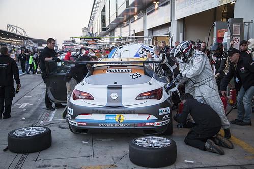 Opel beim 24-Stunden-Rennen