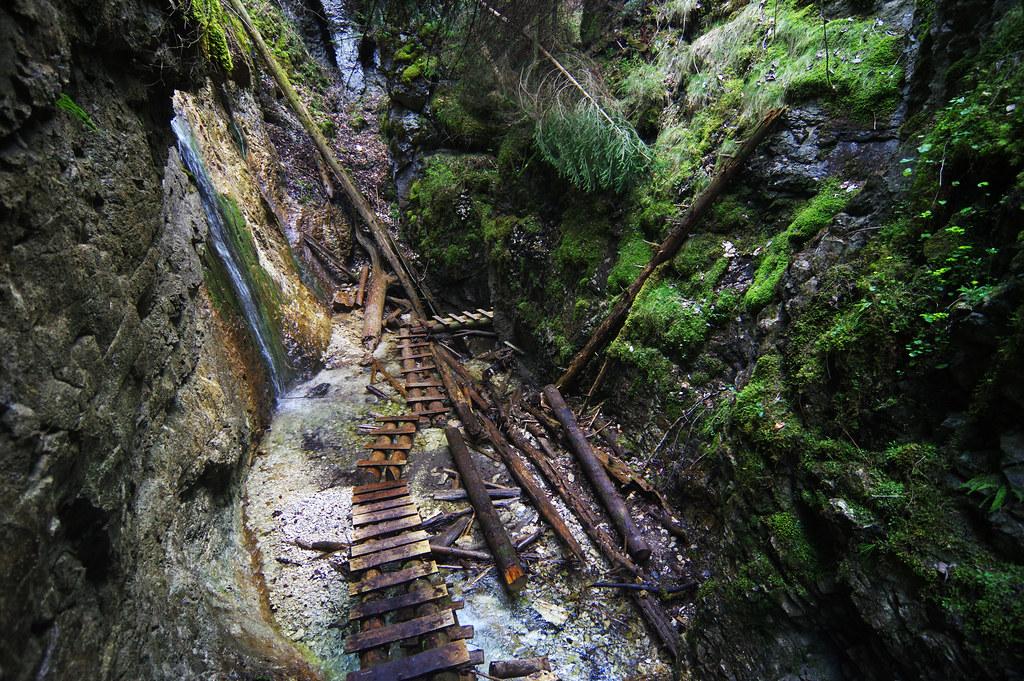 Malý Kyseľ gorge - Machový vodopád waterfall